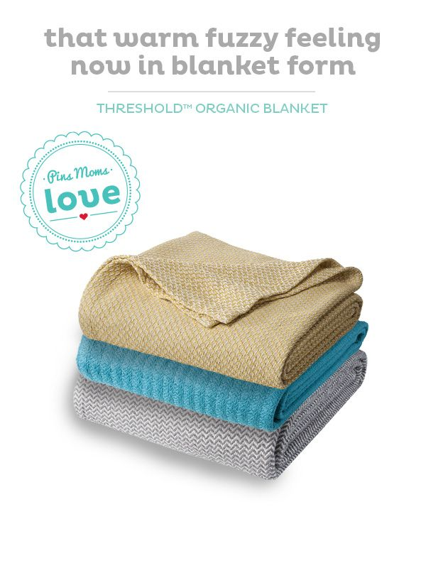 Soft and organic, the Threshold blanket will provide Baby comfort and warmth.