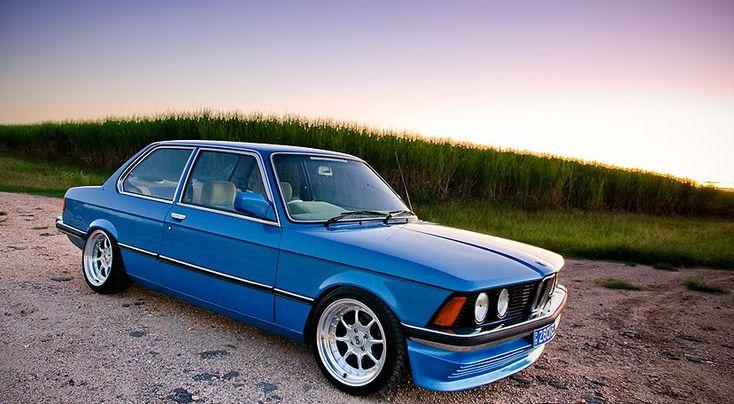 BMW E21...