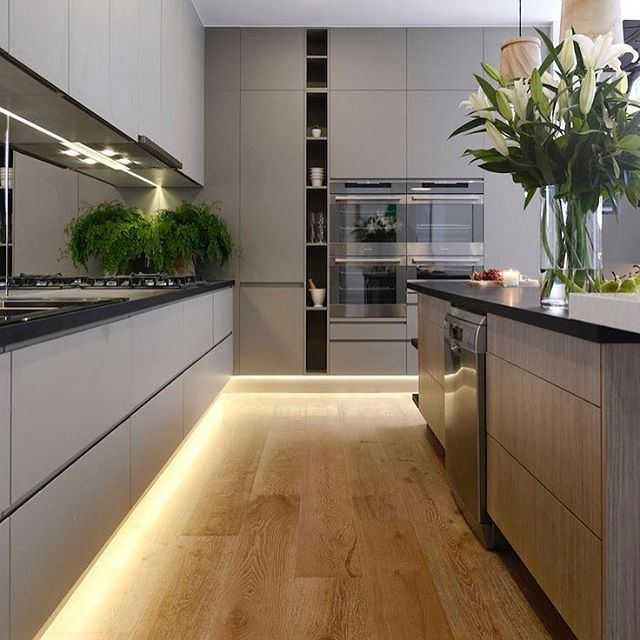 Kitchens With Double Wall Ovens Home Design Ideas and Pictures