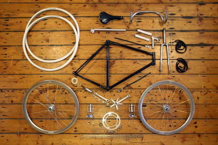 Things Organized Neatly:   SUBMISSION:Anatomy Of A Fixed Gear Bicycle - www.dukeharper.com