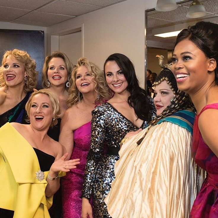 ✨🌟😄🌟✨ #AboutLastNight The Met celebrated 50 years at @LincolnCenter last night, May 7, with an unforgettable gala performance featuring some of the greatest stars in opera, which of course led to some star-studded backstage bonding  ________________________________________________ #MetOpera #Gala #Opera #Stars #Celebrities #Talent #WorldsGreatest #Divas #Soprano #Mezzosoprano #Tenor #Countertenor #Baritone #Bass #VocalArts  Photos by Jonathan Tichler/Ken Howard/Metropolitan Opera