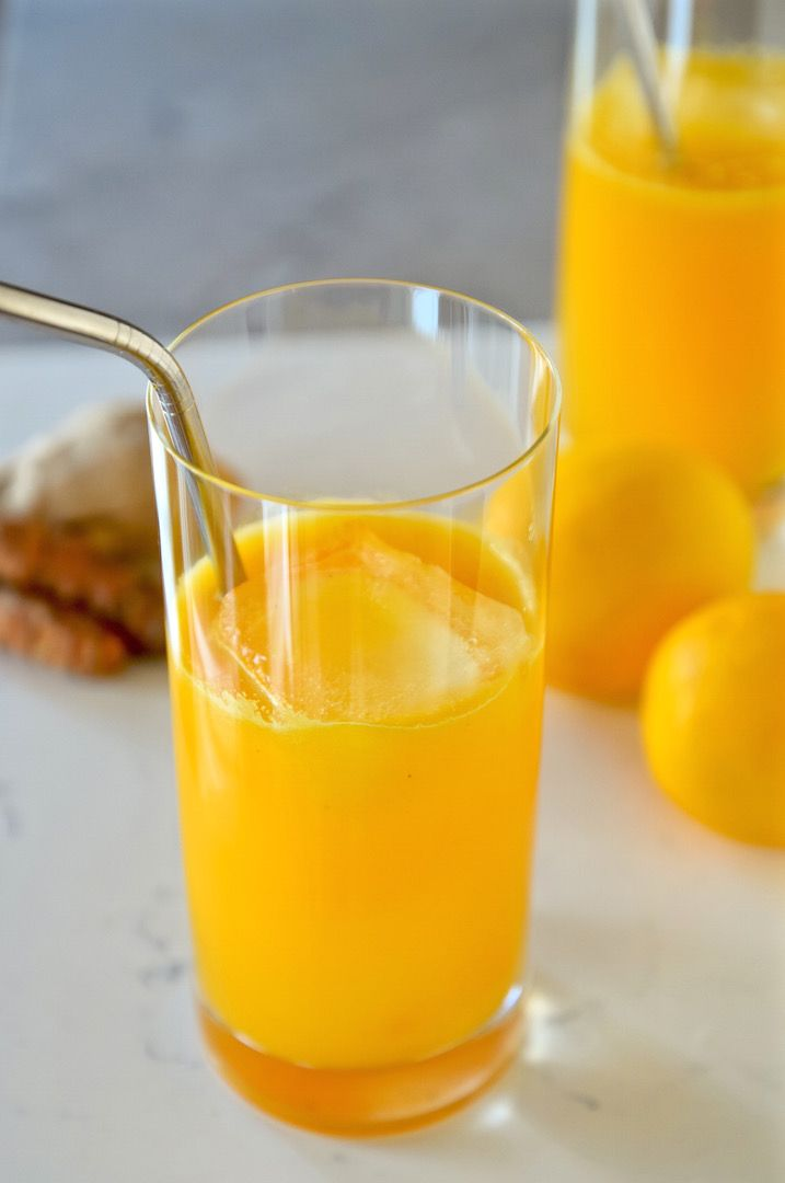 Turmeric is an anti-inflammatory, cancer-fighting wonder-house. Try this lemon turmeric tonic as a healthy elixir to drink everyday and keep the body optimized.