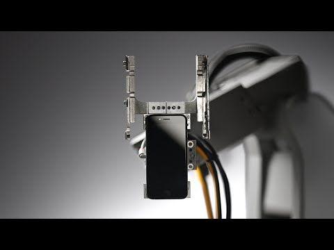 Liam: ecco come funziona il robot di Apple che ricicla iPhone  #follower #daynews - http://www.keyforweb.it/liam-funziona-robot-apple-ricicla-iphone/