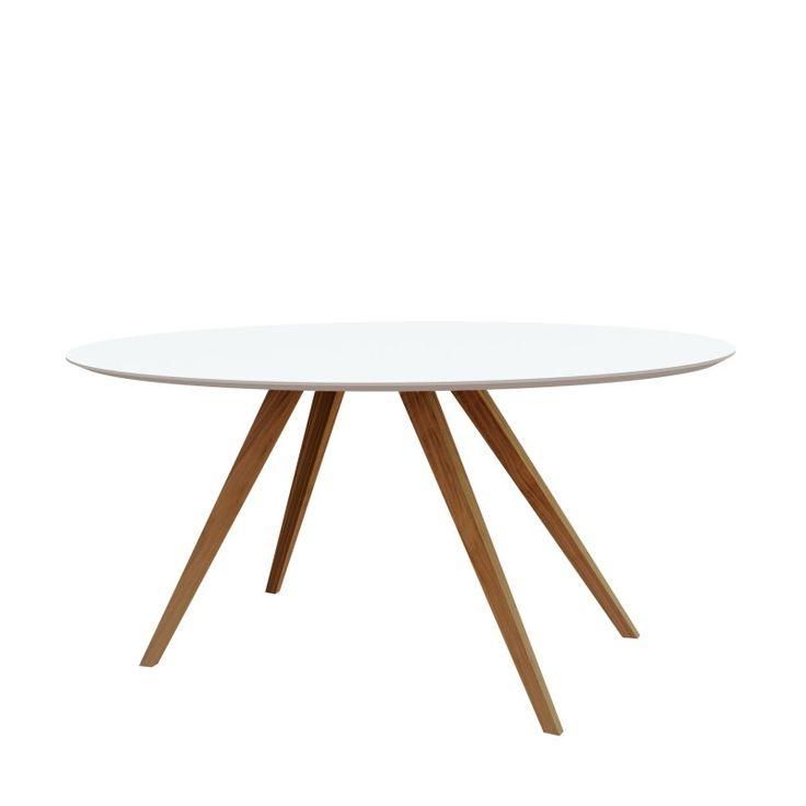 Loretta Tisch von Sulvag im ikarus…design shop