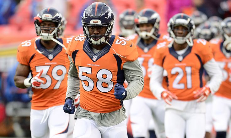 Sep 3, 2015; Denver, CO, USA; Denver Broncos outside linebacker Von Miller (58) before the preseason game against the Arizona Cardinals at Sports Authority Field at Mile High. Mandatory Credit: Ron Chenoy-USA TODAY Sports