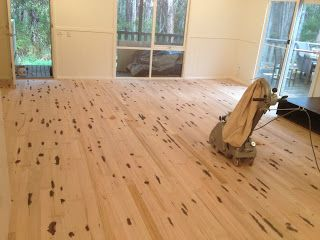 Floor Sanding And Varnishing - A Practical Guide @