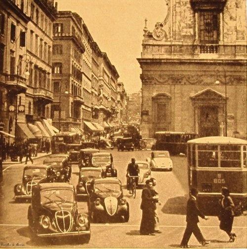 Roma, Largo Chigi    1940.