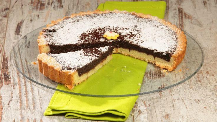 Ricetta Crostata di cioccolato: La crostata di cioccolato è un dolce sicuramente semplice ma mai banale, perfetto per i bambini ma ideale per sentirsi coccolati anche da grandi!
