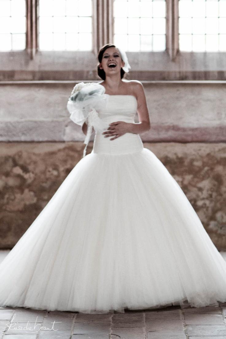 Brautkleid mit Tuell im Duchesse Stil D-1140