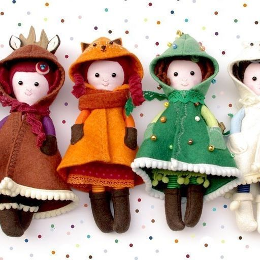 Tiny dollies in special pelerine #miazzzetsyshop #pocketdoll #handmadedoll #handmadehungary #bunnydoll #foxdoll #fawndoll #teddydoll #kittydoll #miaszosz #ragdoll