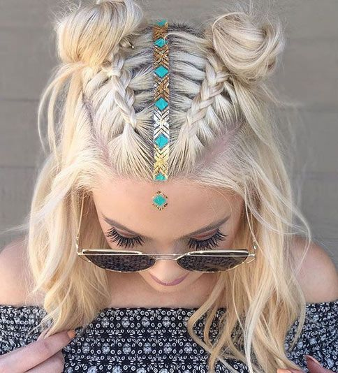 Coachella-inspired updo for medium length hair. Try it out.