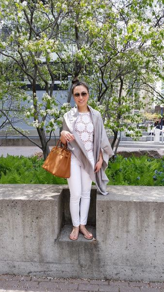 Spending the day walking around the premier shopping neighborhood in Toronto - Yorkville.  Brings back so many wonderful memories and I love doing a little shopping at my favorite boutiques!  View outfit details and full blog post by clicking on the photo.