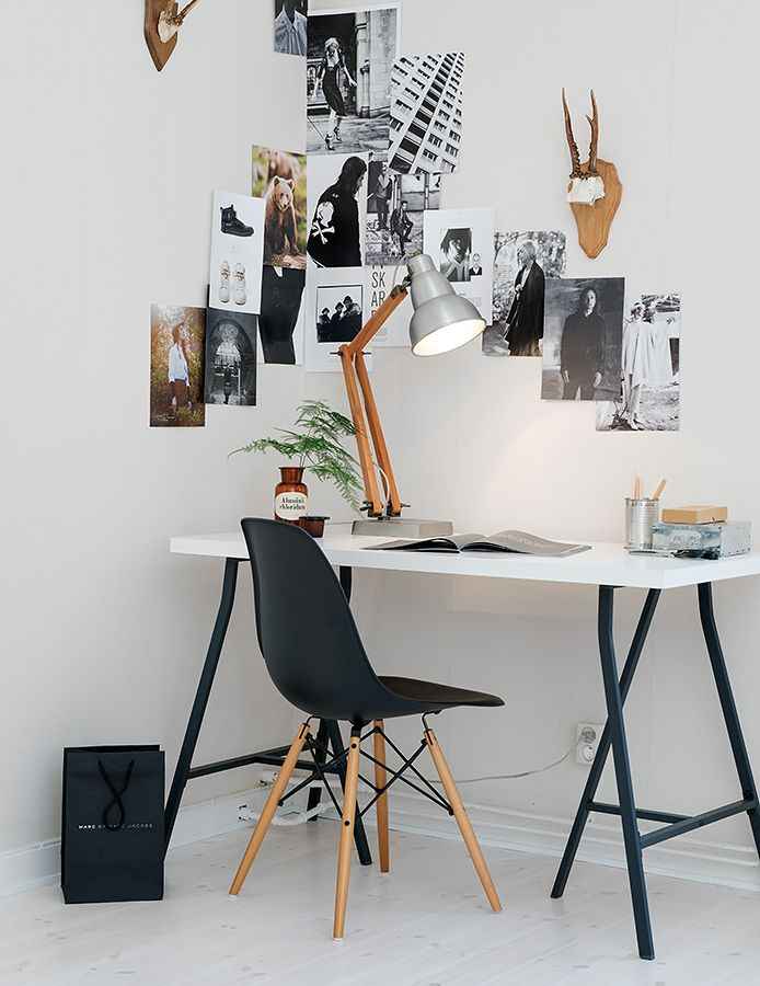 13x de Eames chair als pronkstuk in de home office - Roomed