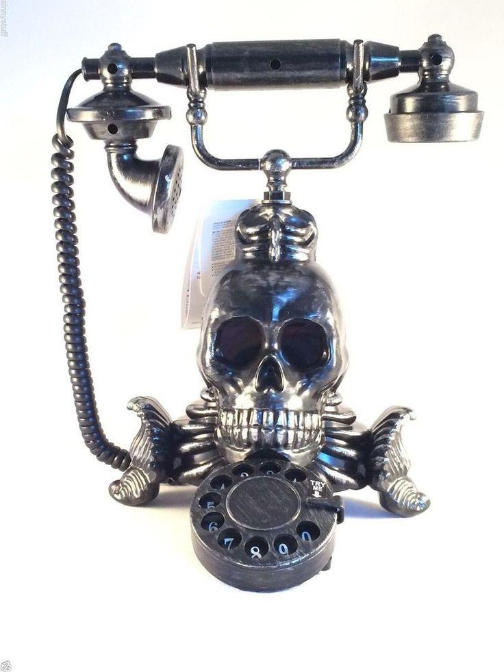 New Animated Skull Phone Lighted Haunted Halloween Prop
