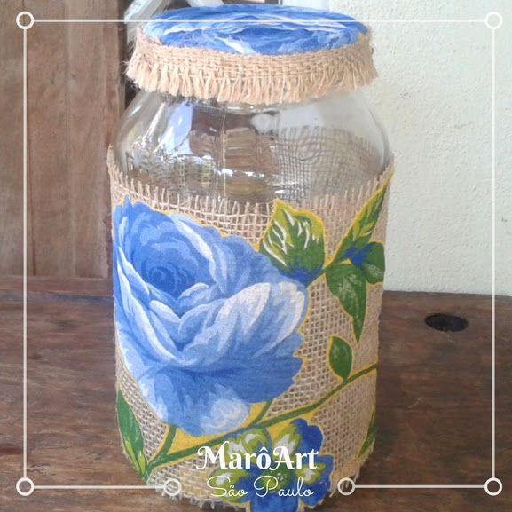 Pote de vidro decorado com juta chita e fita
