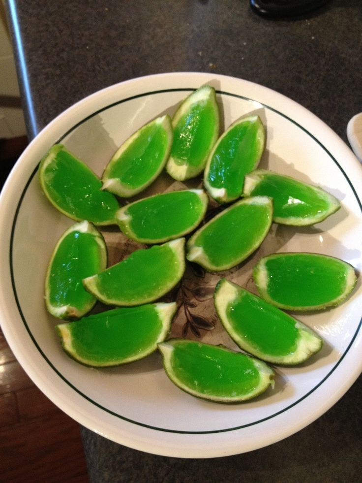 We made these for Cinqo de Mayo yesterday. Way cute - except we forgot the sugar in the jello!  Opps!