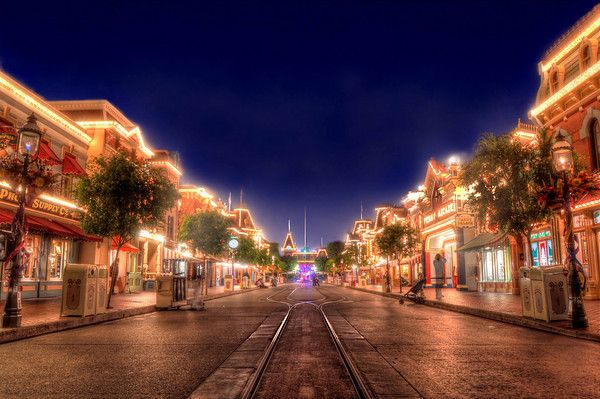Closing Main Street  Main Street at night is just one of those places unlike anywhere else on the planet. Hot fudge sundae's on a hot summer night, fireworks, screaming kids, cotton candy, sleeping toddler's, ragtime piano, screaming kids, popcorn and soda, the sound of the...    Read more here at Tours Departing Daily