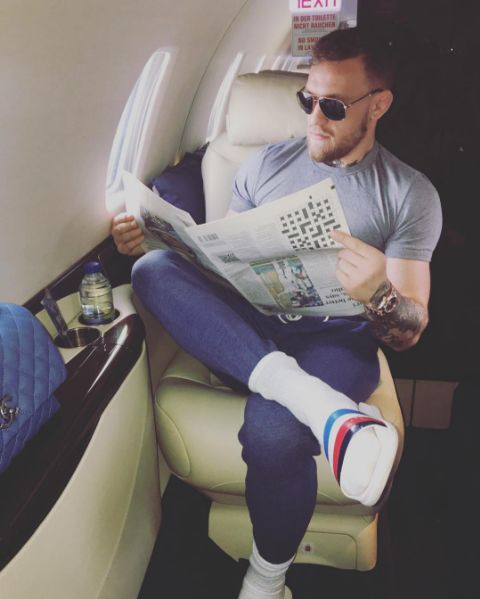 Esta foto do lutador Conor McGregor está dando o que falar