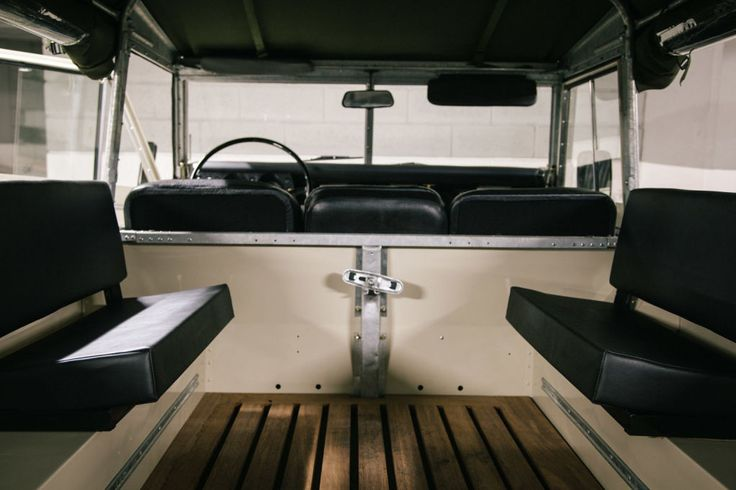This Vintage Land Rover SIII 109 Overdrive Is Just Legendary   Airows