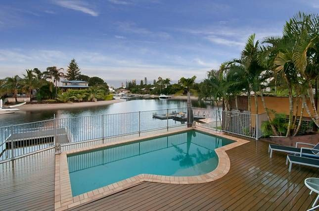 SURFERS PARADISE WATERFRONT, a Gold Coast Waterfront HOUSE | Stayz