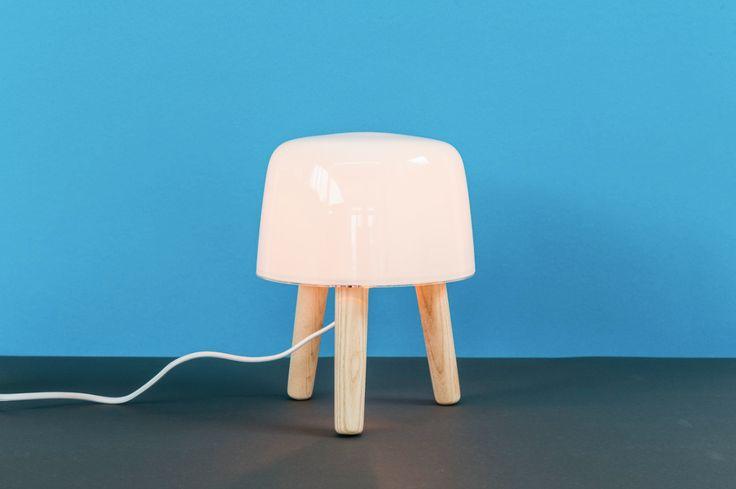 MILK TABLE LAMP / &tradition Zerogloss Design Store #Autumn2015