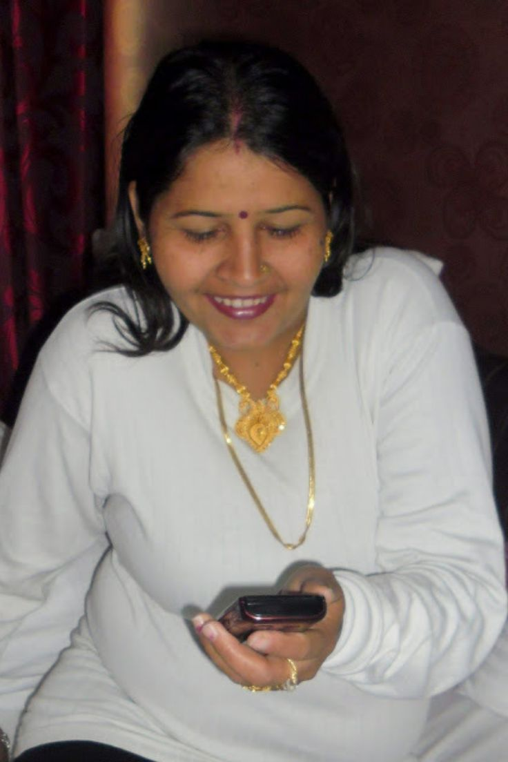 Pin on 100+ Desi Bhabhi with House Wife Images