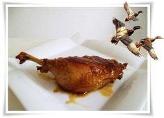 Das perfekte `❀´ Saftige Entenkeule `❀´-Rezept mit einfacher Schritt-für-Schritt-Anleitung: Entenkeule unter fließendem Wasser waschen…