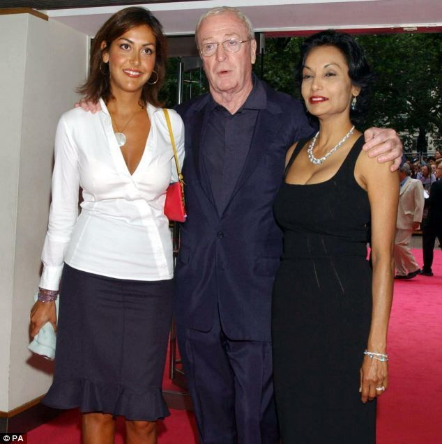 Michael Caine with his wife Shakira (r) and their daughter Natasha(1973)