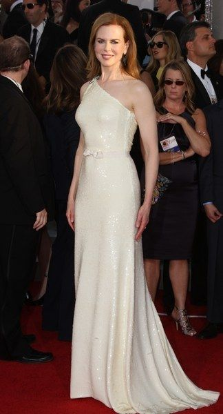 Lovely, pale yellow sequins at the 2011 Golden Globe Awards.