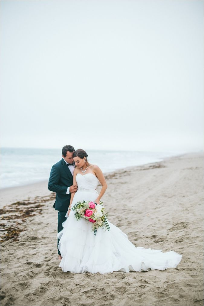 Southern California Bride: Welcome to Southern California Bride + A Nautical Wedding Inspiration Shoot via @thesocalbride