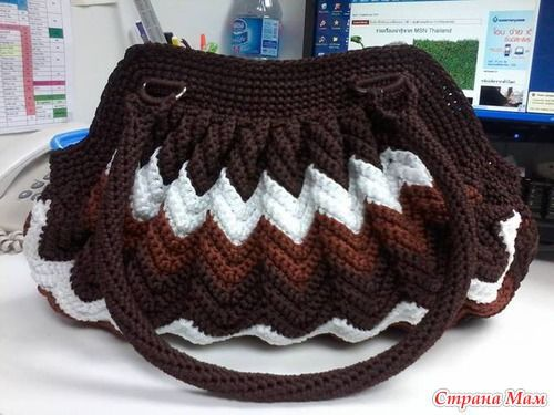 find this pin and more on crochet bags bolsas handtassen rugzakken by