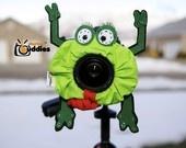 Frog Lens Cozy