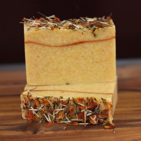 Warming essential oils -sweet orange and clove- for cool fall & winter mornings.