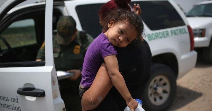 ΗΠΑ: Η κυβέρνηση σκέφτεται να χωρίζει παιδιά από τις μητέρες τους, όταν περνούν παράνομα τα σύνορα