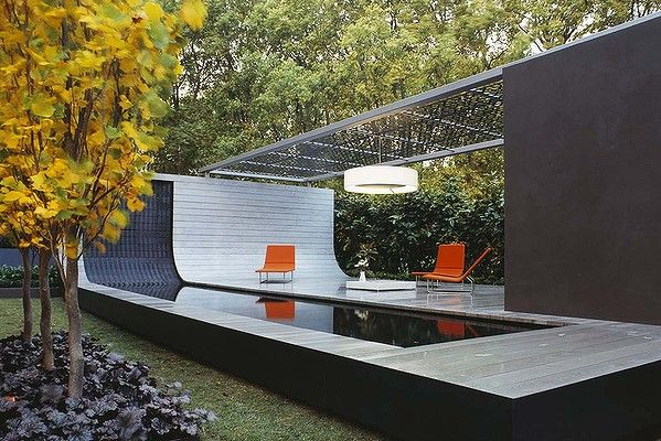 The Float - an outdoor living area, pool and deck by Jack Merlo and Melbourne firm Aludean.   2004