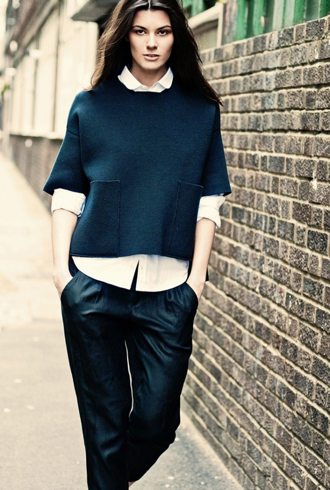 Summer Rayne Oakes in @Stella McCartney and #Vince silk pants in #London.
