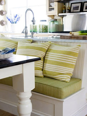 bench seating for an eat in kitchenDining Room, Kitchens Benches, Decor Ideas, Colors Fabrics, Kitchen Colors, Cozy Kitchens, Kitchens Nooks, Kitchens Colors Schemes, Benches Seats