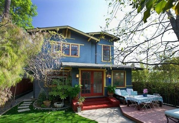 Actress Maria Bello has a Venice home listed at $1.85 million.