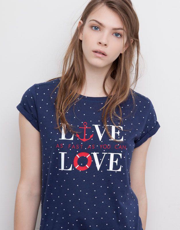 Pull&Bear camiseta lunares estampado marinero $179