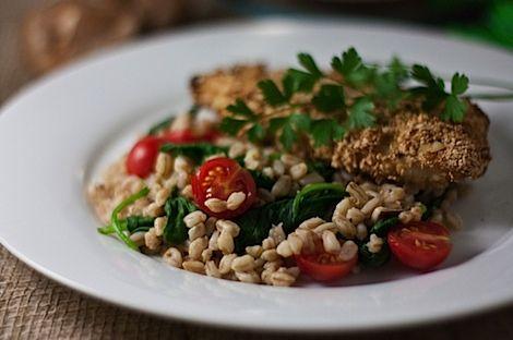 warm ferro salad: Easy Farro, Farro Salad, Shiitake Mushrooms, Farro Recipe, Spinach, Salads, Tomatoes, Warm Farro
