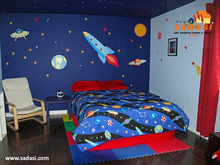 #decoracion LAS MEJORES CASAS DE MÉXICO. La habitación de los niños nos permite tener una temática como decoración, la cual dependerá principalmente del gusto del niño. Si por ejemplo le gusta el espacio, puede decorar las paredes y techo como si fuera el universo, así como colocar naves espaciales, planetas y asteroides, entre otros. En Grupo Sadasi, tenemos más de 40 años de experiencia construyendo las mejores casas de México. informes@sadasi.com