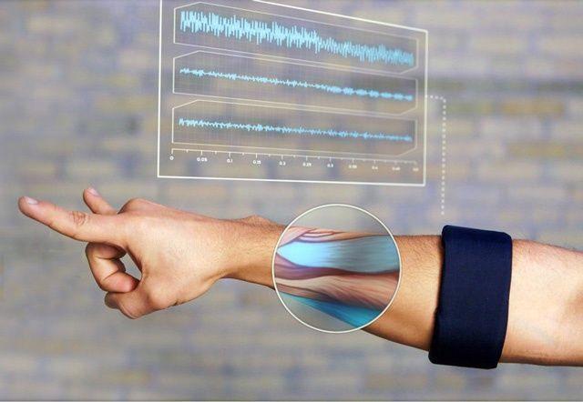 人机交互的新思路:神奇腕带MYO利用肌肉生物电检测识别你的手势 | 36氪|Tech Devices|New interaction method|新交互方式
