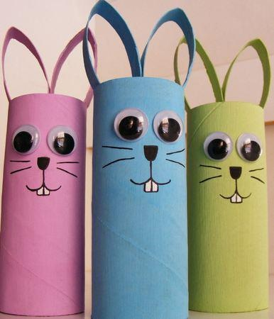 Toilet roll easter bunny's