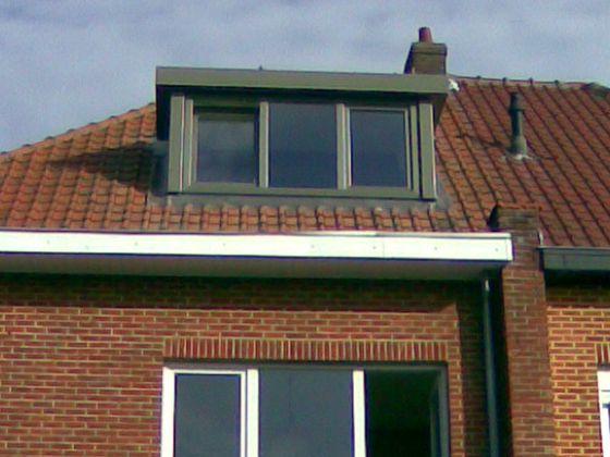 Comforthouse is dé specialist in het plaatsen van dakkapellen in heel België. Ze kunnen dakkapellen aanbieden die bij alle stijlen passen: van landelijk tot modern.
