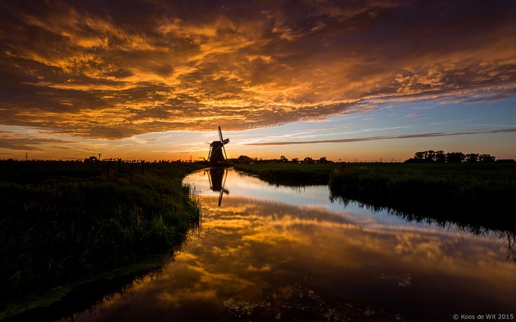 https://flic.kr/p/xv1dj9 | Burning sunset... | Polder mill De Jonge Held during a beautiful sunset. More Dutch info: nl.wikipedia.org/wiki/De_Jonge_Held_(molen) Taken in Leegkerk, Groningen, The Netherlands. Thanks to everyone who takes the time to comment and/or fave. © Koos de Wit All rights reserved. Please don't use this image without my permission.