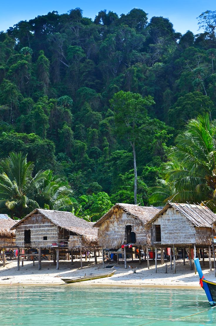 Visit the ancient Moken sea gypsy village at Surin islands national park. This is by the way one of the best snorkeling spots all over Thailand. Join in Similancharter and tour, a trustful operator to have this unforgettable tropical experience.