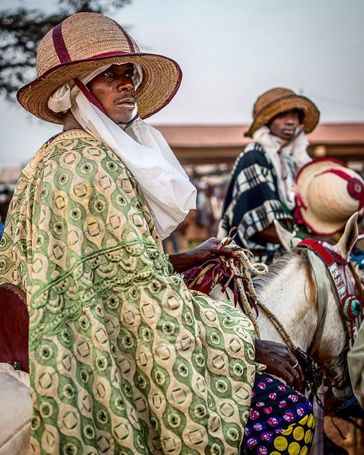 Category:Bariba people - Wikimedia Commons