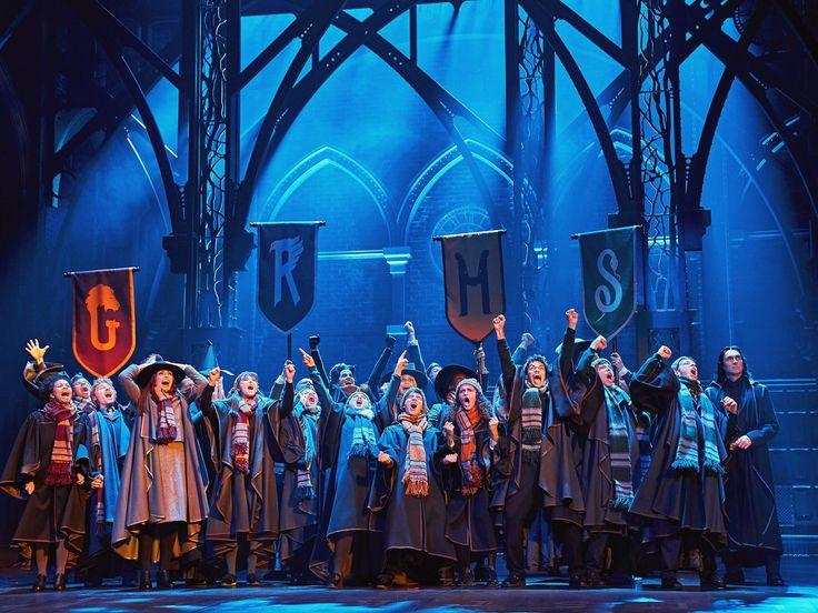 Vorverkaufsrekord Fur Harry Potter Stuck Das Verwunschene Kind Harry Potter Theaterstuck