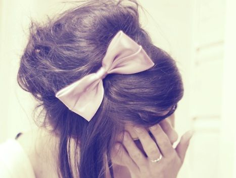 bowHairbows, Fashion Beautiful, Long Hair Style, Long Hairstyles, Hair Clips, Pink Bows, Messy Buns, Hair Bows, Big Bows