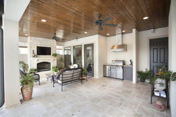 Bayless Custom Homes San Antonio | Davis Home